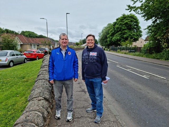 Councillor Jim Flynn and Central Scotland MSP Stephen Kerr are calling for a 20mph speed limit for Airth Main Street