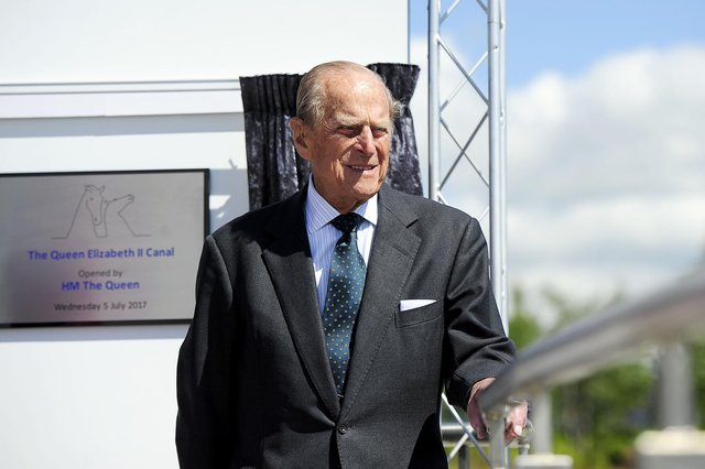 Prince Philip visits the Kelpies in 2017 (PIc: Michael Gillen)