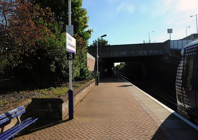 Russell had arranged to meet someone he believed to be a 14-year-old girl at Grahamston Railway Station