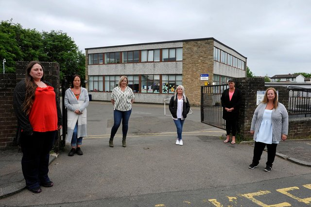Laurieston Primary School, parents angry that P7 leavers event has been cancelled.