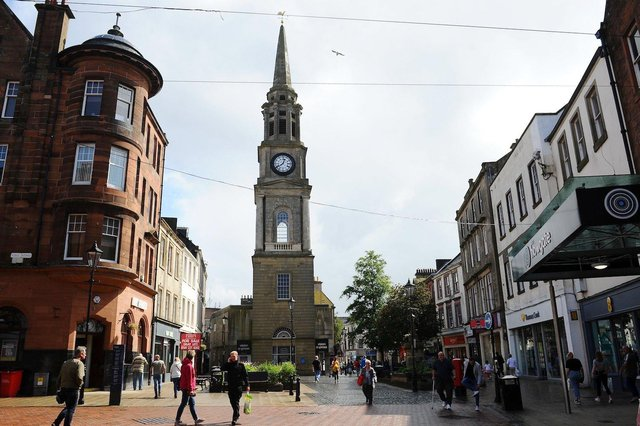 Shoppers are beginning to return to the High Street