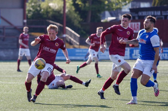 Thomas Collins for Stenny against Cowdenbeath (Pic: Scott Louden)