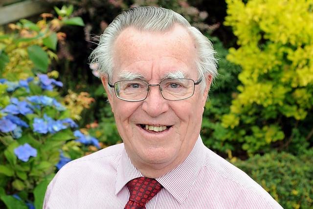 Falkirk Herald gardening guru Sandy Simpson