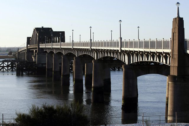 Transport Scotland has been given permission to carry out demolition works on Kincardine Bridge