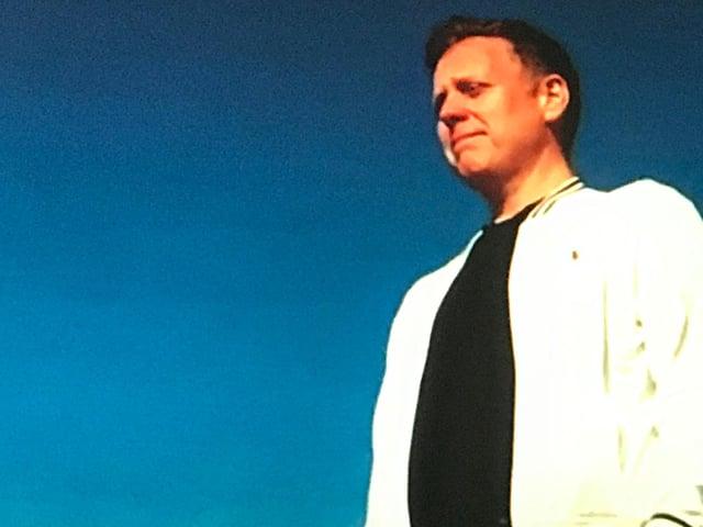 Iain Stewart has written a new song Dear Daughter: Your Life Matters