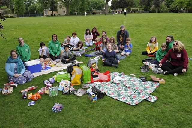 The Falkirk branch of Woodcraft Folk enjoys a socially distanced Big Lunch in Dollar Park