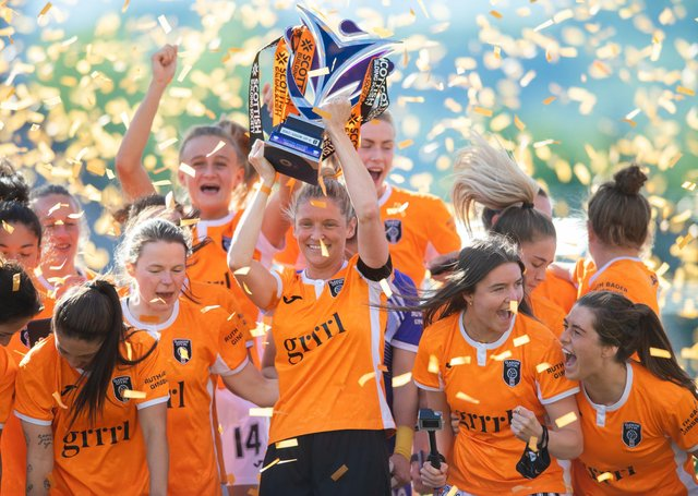 Leanne Ross  lifts the SWPL trophy as Glasgow City secured an incredible 14th consecutive title (Photo by Mark Scates / SNS Group)