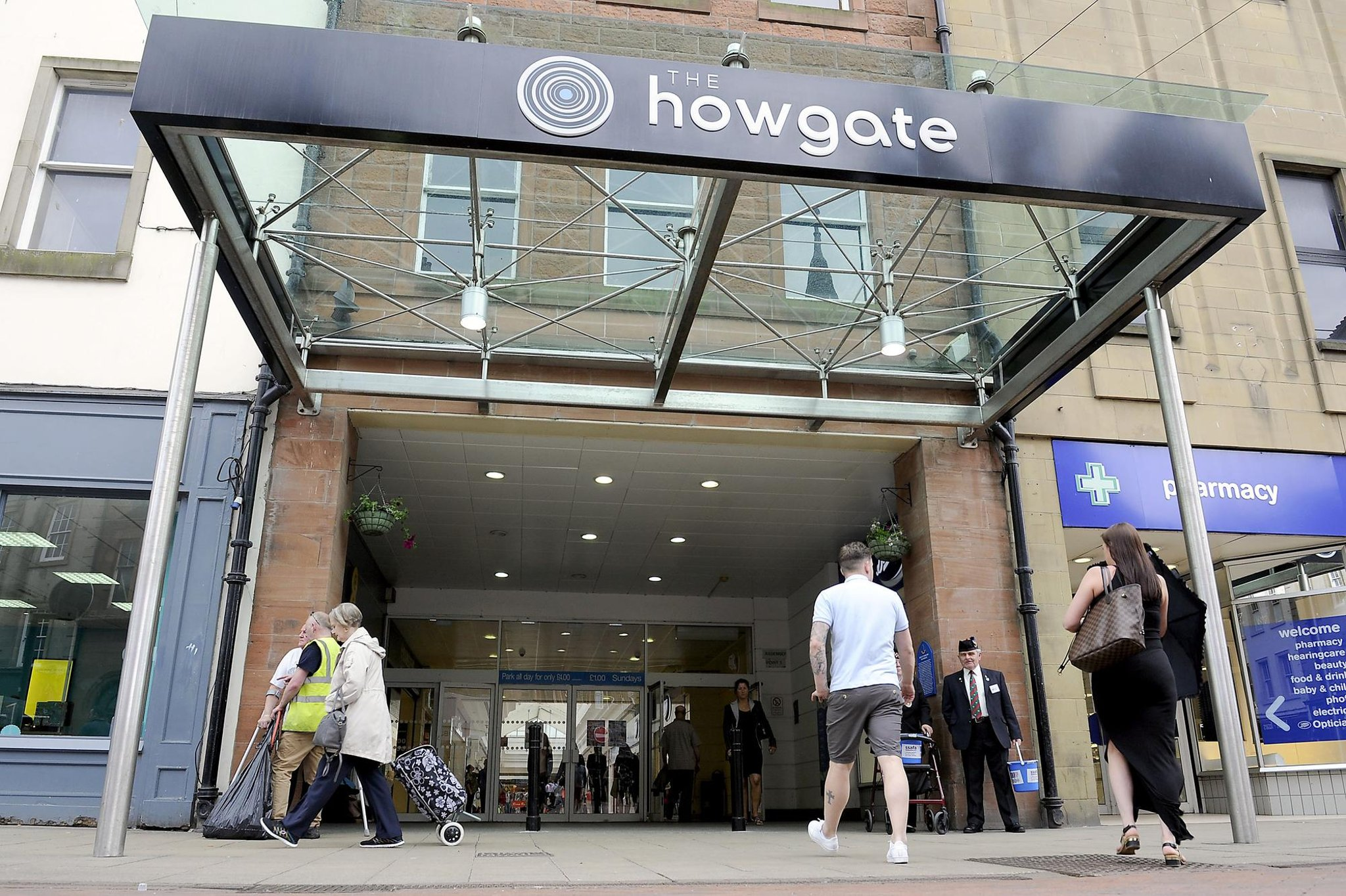 The Howgate Shopping Centre to turn off music at Falkirk facility to support elderly visitors