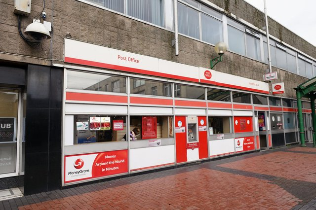 The main Grangeouth post office in York Arcade has now closed its doors