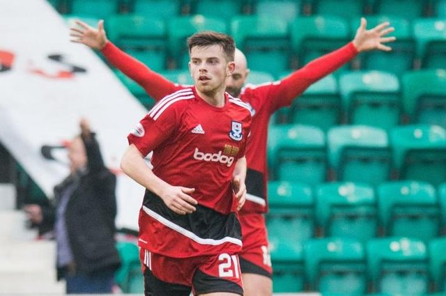 Craig McGuffie has signed for Falkirk