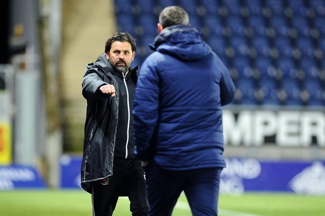 Paul Hartley did acknowledge David McCracken after the match in November but did not shake hands (fist bump) Lee Miller and did the same this afternoon